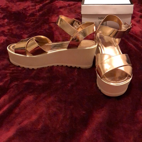 Shoes | Nine West Rose Gold And White